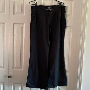 Lululemon Groove Pants Size 10 💥💥